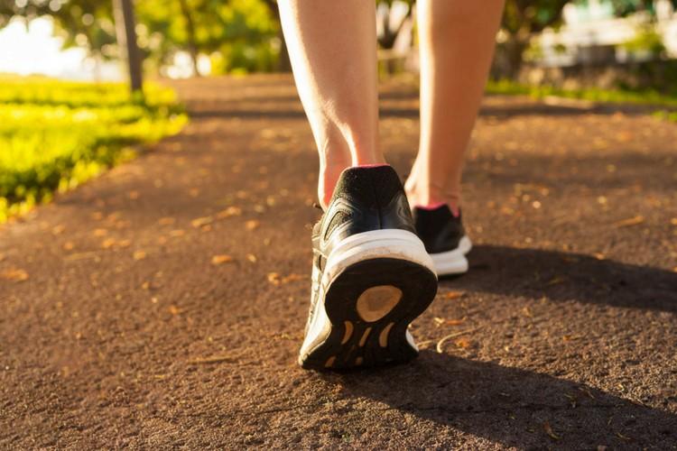 olahraga jalan kaki yang sehat