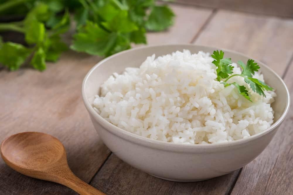 Apa cara terbaik untuk memakan nasi?