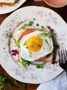 manfaat mengkomsumsi telur